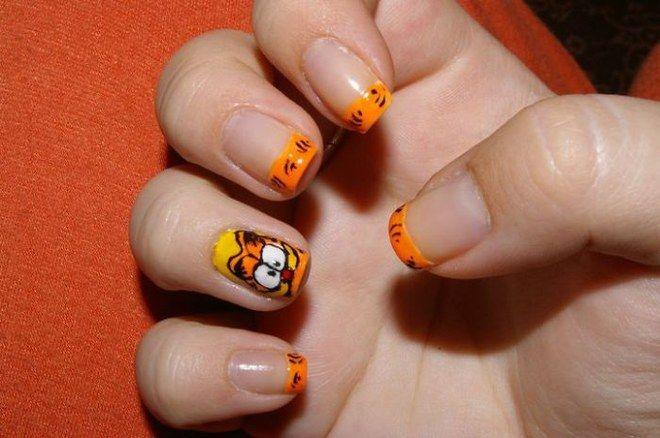Nail art Garfield