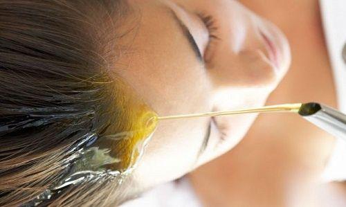 6 huiles naturelles pour les cheveux abîmés