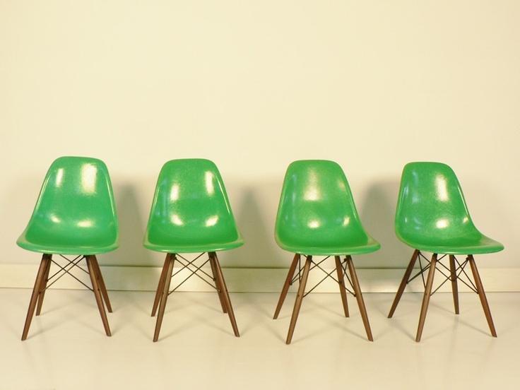 73 beste afbeeldingen over stoelen op pinterest for Fauteuil eames patchwork