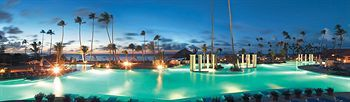 Gran Melia Golf Resort Puerto Rico is located on the beach in Rio Grande and local attractions include Luquillo Beach. Hotel Features. Dining options at Gran Melia Golf Resort Puerto Rico include 5 restaurants. A swim up bar, a poolside bar
