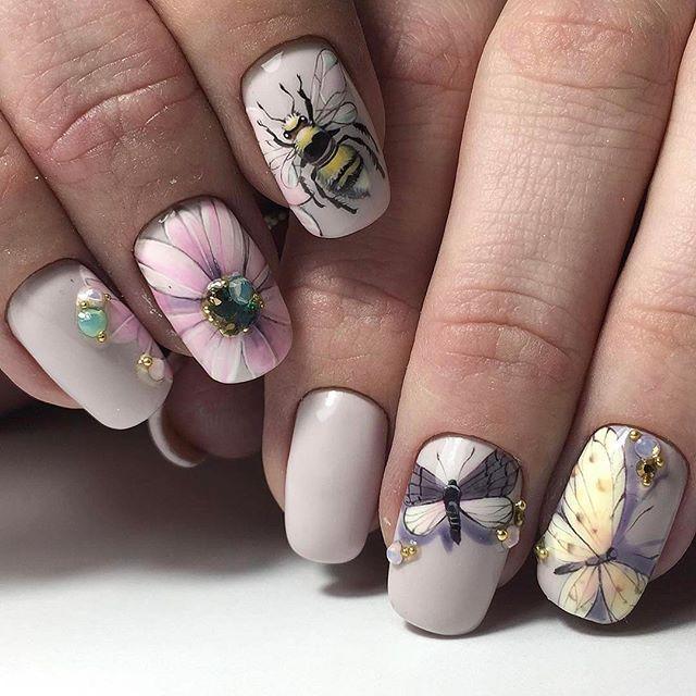 #Repost @olesya_art_glukhova ・・・ Кое-кого тоже прет не на шутку  @_di.nails_  Твои работы шикарны  горжусь и совсем не злюсь, что мои клиенты к тебе убегают . #ногти#дизайнногт