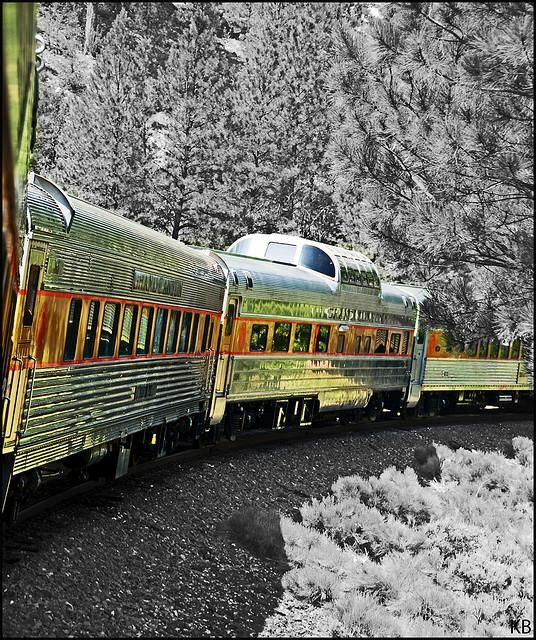 Nice tips from Gadling for traveling by train #train