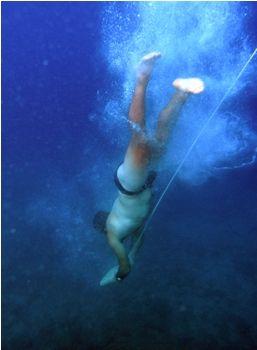 Visit Greece | Sponge harvesters from Kalymnos: The diving legends