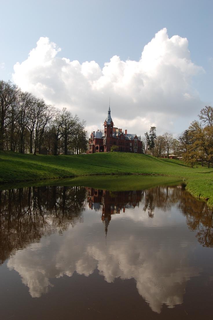 Palace in Wąsowo, Poland