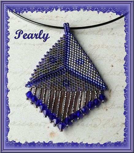 triangle frangé cobalt, via Flickr.