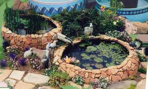 Pond from old tractor tires, what a wonderful idea.