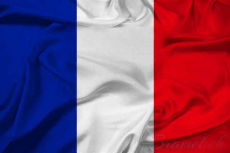 Flagge Frankreich - http://bramel.ch/accessoires-shop/nationalflaggen/flagge-frankreich/ http://bramel.ch/wp-content/uploads/2014/12/Flagge-und-Fahne-Frankreich-800x533.jpg