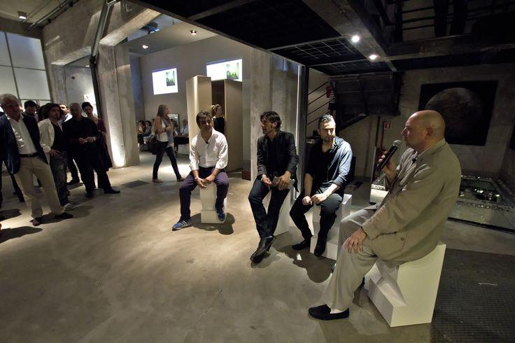 Henrytimiroma L'immaterialità del materiale Incontro speciale con Claudio Silvestrin Introduce Giorgio Tartaro