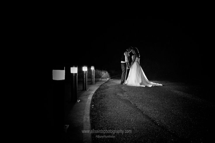 Wedding Photography at the Wagga City Golf Club  – Sarah and Christopher