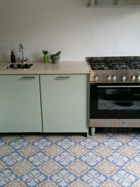 Meer dan 1000 keuken idee n op pinterest keukens keuken ontwerpen en kleine keukens - Moderne keuken deco keuken ...
