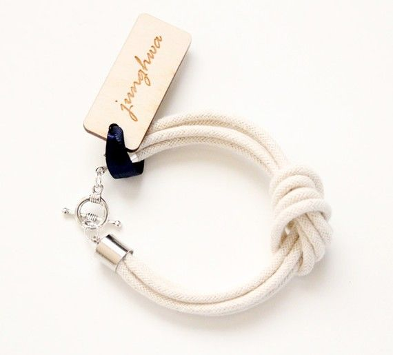 just bought this beauty – the I Love Knots rope bracelet – from junghwa