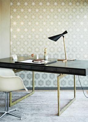 I covet this desk!