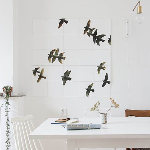 The perfect gift for design lovers! (photo credits go to Holly Marder - Avenue Lifestyle blog)#IXXI #interior #inspiration #design #gift #present #birds #walldecoration
