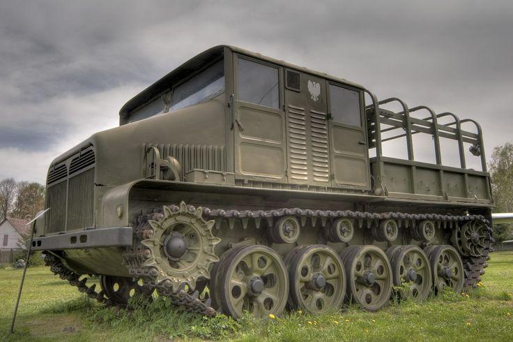 http://www.muzeum.skarzysko.pl/ Muzeum Militariów - Skarżysko Kamienna