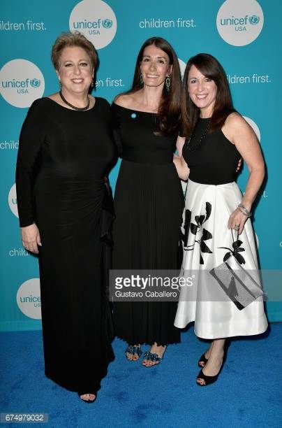 04-30 CHICAGO, IL - APRIL 29: (L-R) UNICEF USA President &... #bergimdrautal: 04-30 CHICAGO, IL - APRIL 29: (L-R) UNICEF… #bergimdrautal