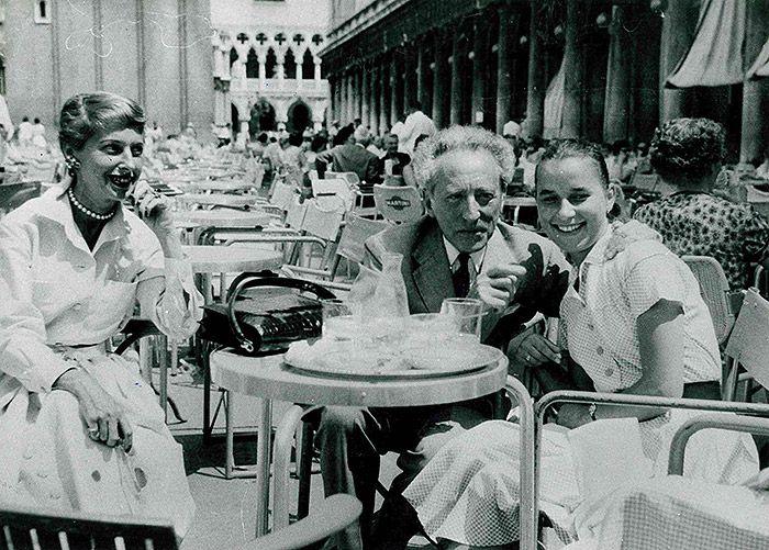 Jean Cocteau at the Caffè #Florian a #Venezia San Marco - Florian #cafè in #Venice Saint Mark #travel #travelinspiration #italy #italia #veneto #italianalluretravel #art