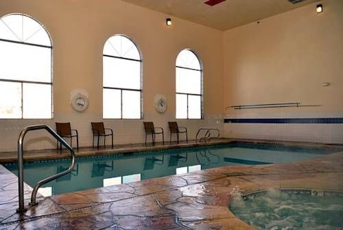 Albuquerque Inn & Suites Albuquerque (New Mexico) Located just 10 minutes' drive from Cliff's Amusement Park, this hotel features an indoor pool and hot tub. Free Wi-Fi is offered in every room at Red Roof Inn & Suites Albuquerque.