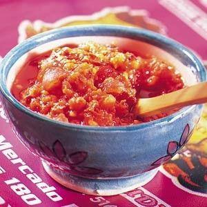 Pikante saus uit de vijzel recept - Saus - Eten Gerechten - Recepten Vandaag