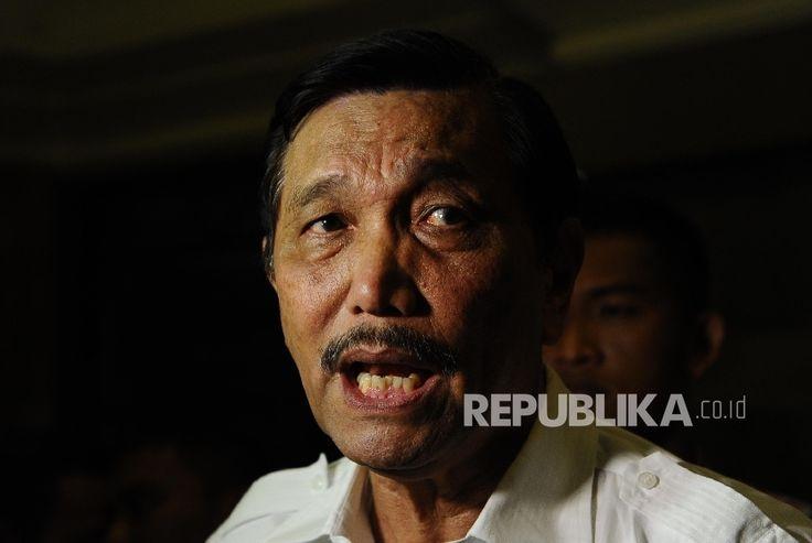 """(PHK) terhadap sejumlah karyawan PT Freeport Indonesia (PT FI)   PT Kontak Perkasa Futures """"Tadi malam pak Jonan (Ignasius Jonan) sudah melaporkan ke saya, sampai sekarang perundingan tidak ada hal yang luar biasa. Semua berjalan sesuai rencana,"""" pungkas Menteri Luhut saat menggelar Coffee Morning di kantornya di Jakarta Pusat, Selasa (23/5/2017). Tahap kedua atau tahap…"""