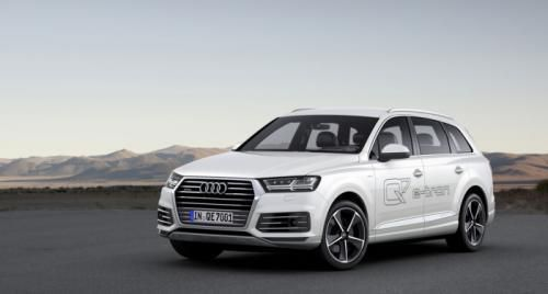 2015 Audi Q7 e-tron 3.0 TDI quattro a fully electric large SUV is in the pipeline and will be unveiled soon