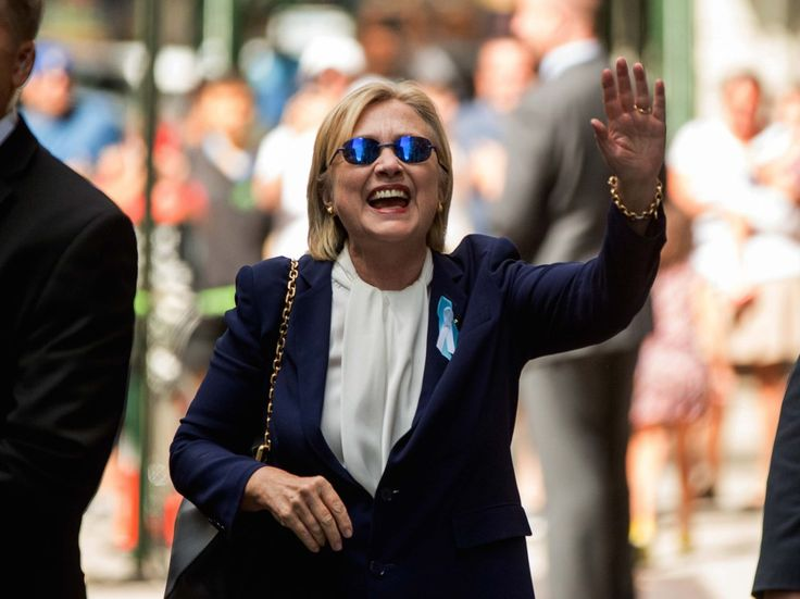 Hillary Clinton 'Health Conspiracy' Turns Out to Be Real http://www.breitbart.com/big-government/2016/09/14/hillary-clinton-health-conspiracy-turns-real/