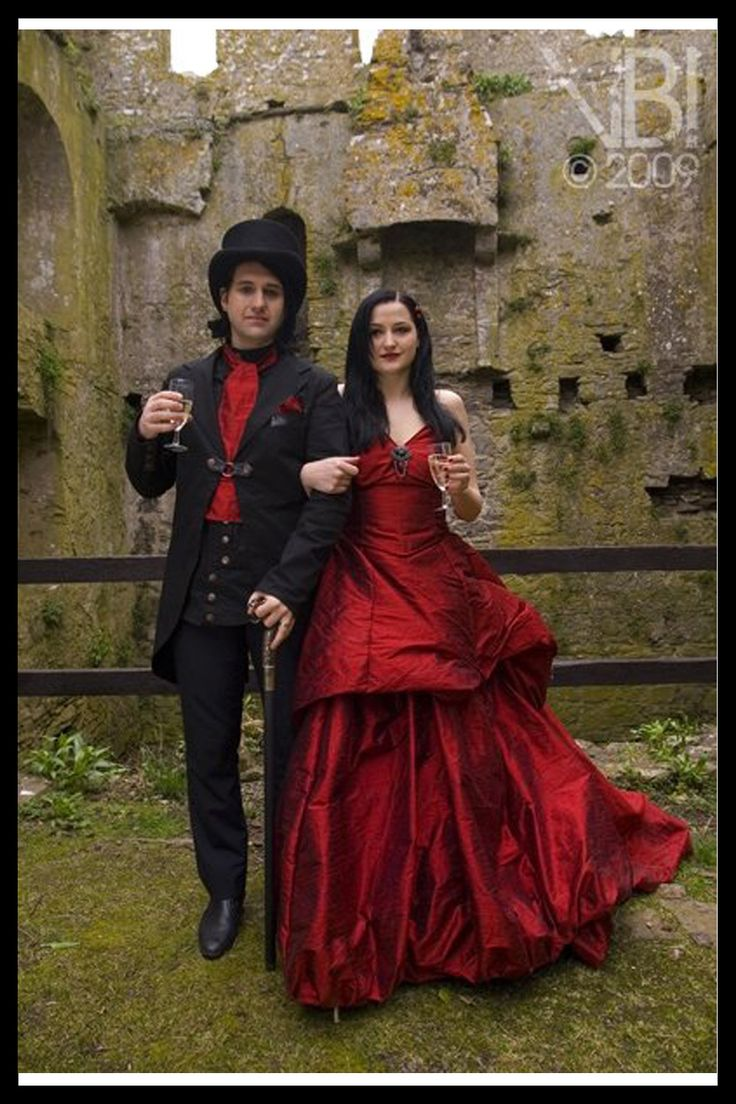 108 best Victorian gothic wedding dresses images on ...