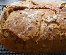 Rezept Zwiebelbrot im Bräter. von Dagny - Rezept der Kategorie Brot & Brötchen (Fitness Food Breads)