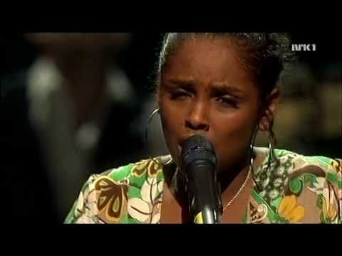 Noora Noor - Someday We`ll All Be Free (Benefit Concert For Haiti 2010)