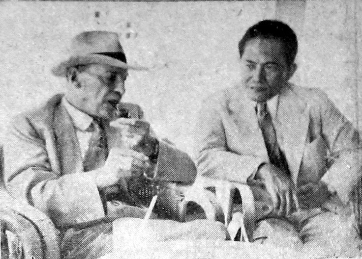 Leiden alumni and former Indonesia's Minister of Foreign Affairs (1953 – 1955), Soenario, with Clement Attlee, 1954