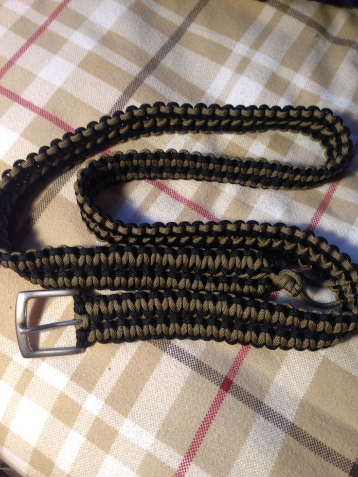 Paracord belt 2 crafts pinterest paracord belt for Cool paracord projects