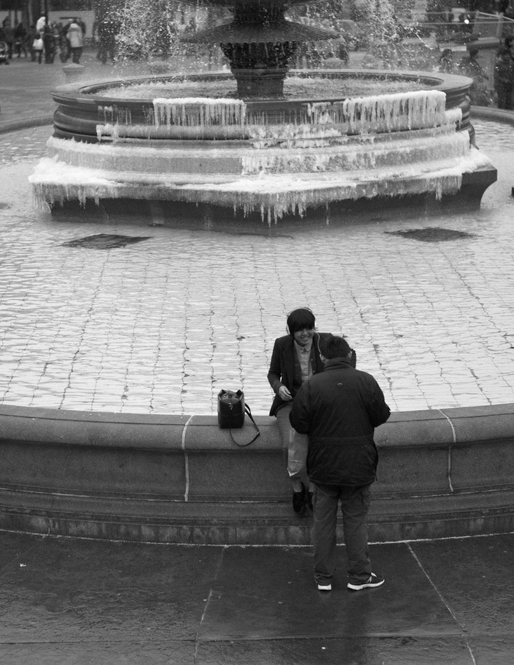 London's Trafalgar Square (w. a bit of snow & ice)