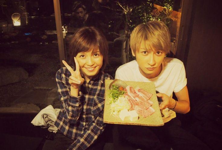 美女とツーショット?!   AAA 與真司郎オフィシャルブログ「You Only Live Once」Powered by Ameba