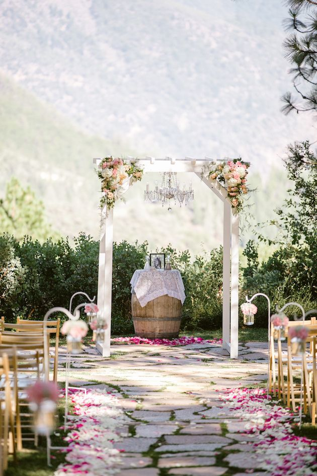 rustic elegance wedding ceremony set up