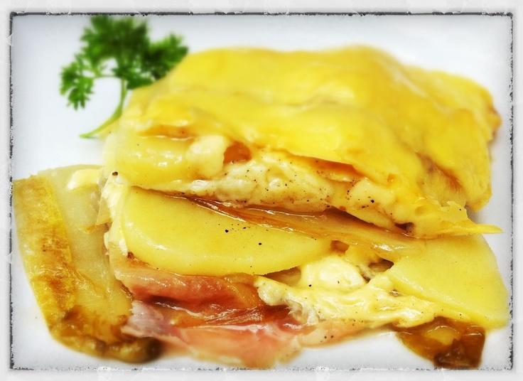 Steef's Blog: Witlof schotel ham & kaas & aardappel uit de oven (en een beetje brie) Mmmm....