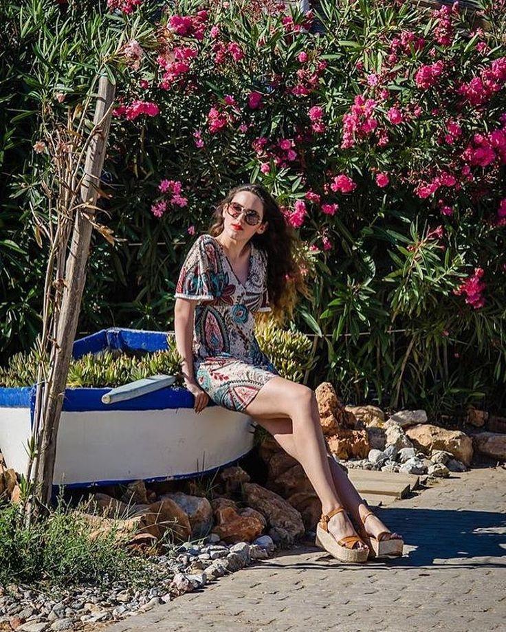 Sandals or Platforms? Well..#flatforms ✌️ @melshoes_gr #lovefashiongr #fashionblogger #greekblogger #melshoesgr