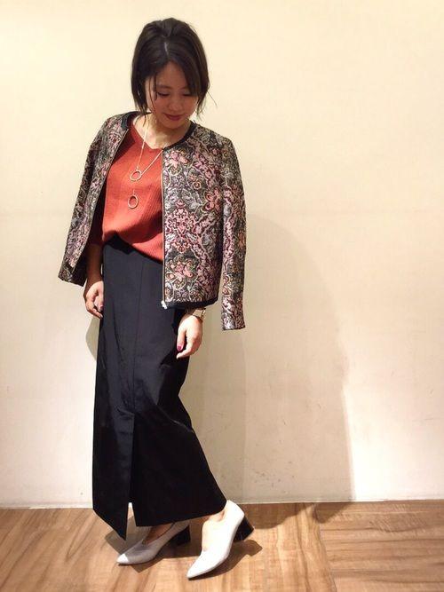 ゴブラン織り、ロングタイトスカート、、トレンド感満載コーデです🙆💓