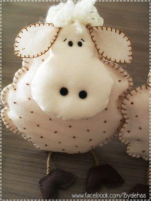 Bydehss: Ovelha de feltro - com molde