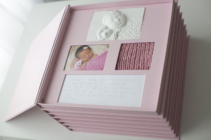 Em projeto pioneiro, álbum sensorial adapta fotografia para pessoas cegas