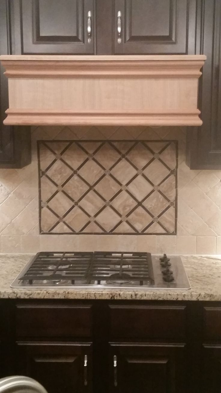 Best 25 travertine tile backsplash ideas on pinterest for Travertine accent tile