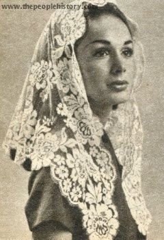 the females headcoverings essay Corinthians essay the double minority in song of solomon essay 835 words | 4 pages women put on headcoverings as signs of dignity and modesty.