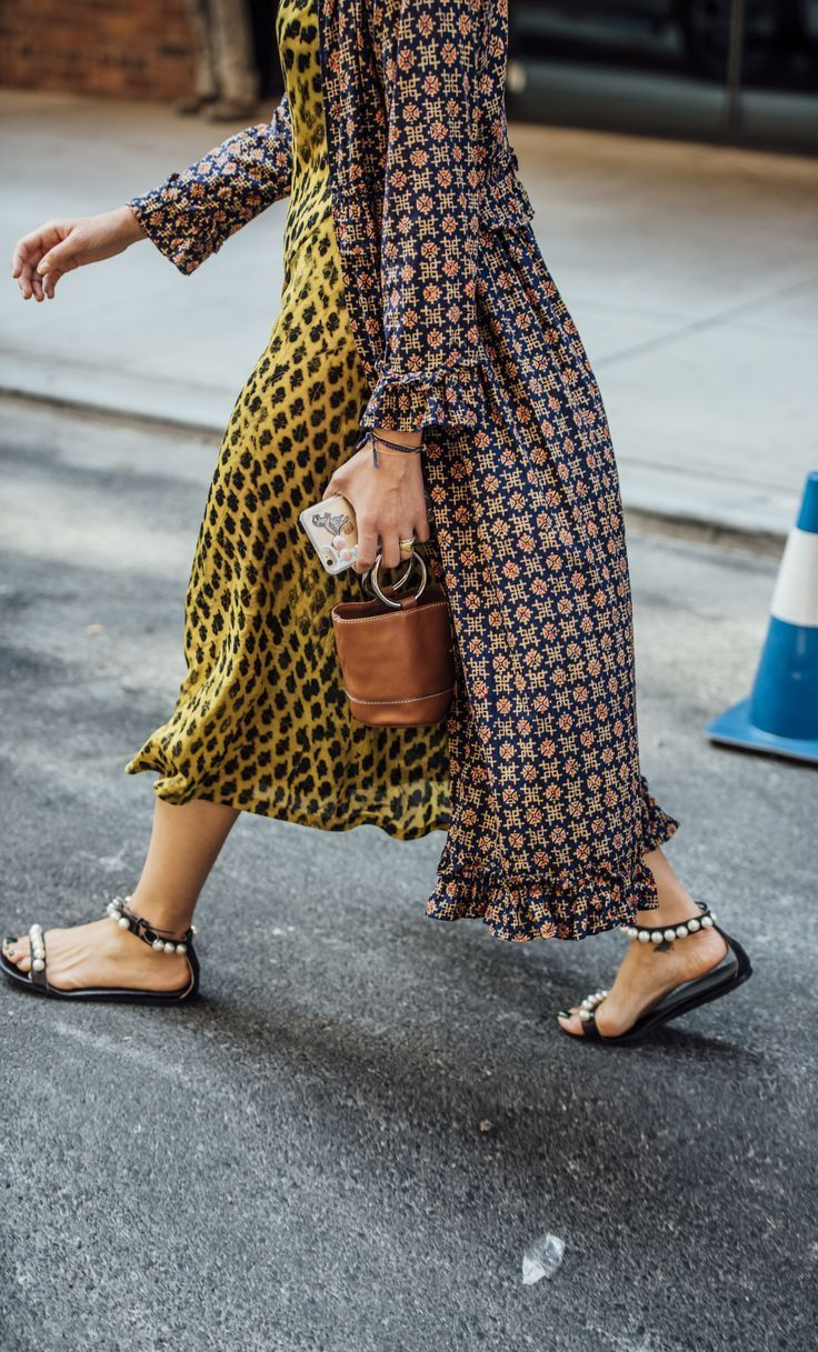 The LA-based label's signature Bonsai bag is a bonafide international interest – particularly on the streets of the fashion capitals. We've fallen for its micro shape and contemporary top-ring handles in a serious way, and fancy the latest, moss-green release as the firmest of fashion fixtures this season. Explore Simon Miller at Farfetch now.