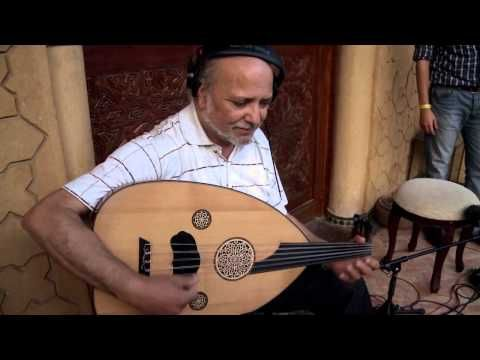▶ Manu Chao Clandestino -Playing For Change- - YouTube