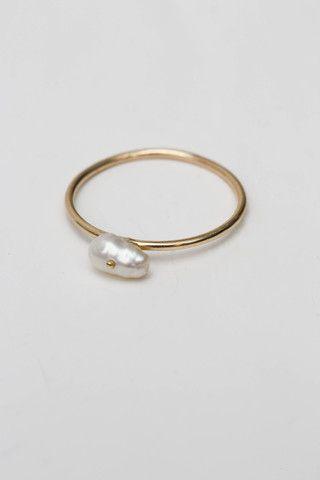 Wwake Irregular Pearl Ring at Una