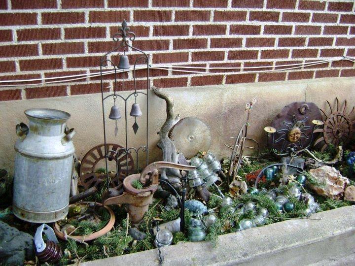 Awesome Marie Niemann Another Graveyard Junky Winter Garden.... I Save The Broken  Insulators