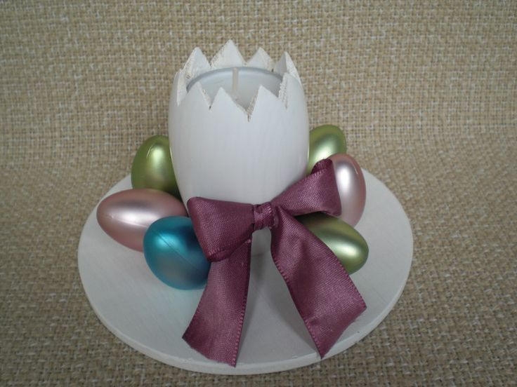 Teelichthalter+für+Ostern+in+Eiform+von+Pfiffiges+aus+Heu,+Wolle+und+Holz+auf+DaWanda.com