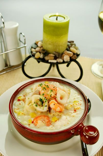 Rich and Creamy Seafood Chowder Recipe | Amazing Soup Recipes[ KellysDelight.com ] #seafood