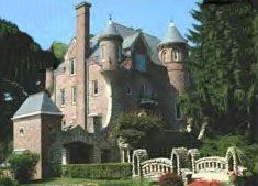 Grandview Drive Castle, Peoria, Illinois. My Dad went to a party here...