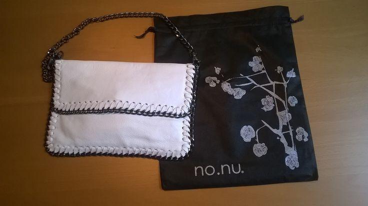 Borsa NoNu #LauraSerena #ilmiostilelibro http://www.ilmiostilelibro.it/nuove-nel-mio-armadio-due-borse-perfette-per-la-bella-stagione/#more-318
