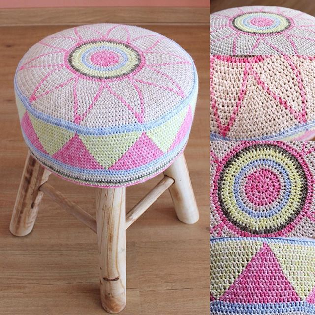 I finally came up with a name: The Egyptian Star Flower Stool. The pattern went live on my blog today, and on Ravelry too. Enjoy! Oh, and the pattern is also in Dutch, and is free!