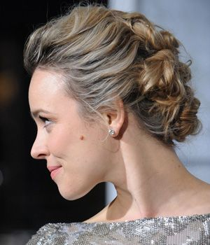 Holiday Style Inspiration: How to Get Rachel McAdams' Red Carpet Hair